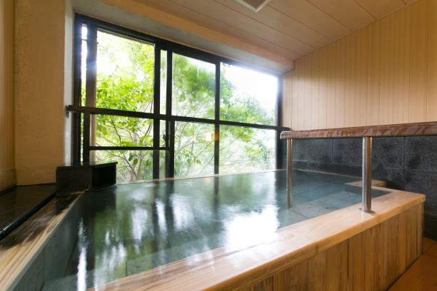 貸切風呂(桧の湯)